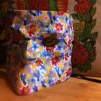 máscara bauta pintada con flores